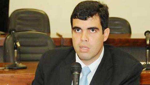 """Deputado Ricardo Ayres: """"Condição para o Estado restabelecer equilíbrio"""""""
