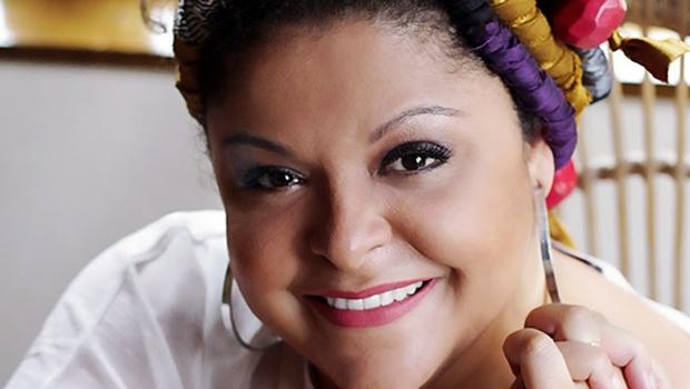 """Com cinco trabalhos gravados, dentre eles um DVD, a premiada cantora de samba está em estúdio, atualmente, trabalhando no já intitulado """"Partir"""""""