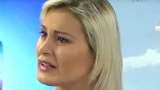 """Apresentador chama Andressa Urach de """"sem vergonha"""" ao vivo e causa revolta na web"""