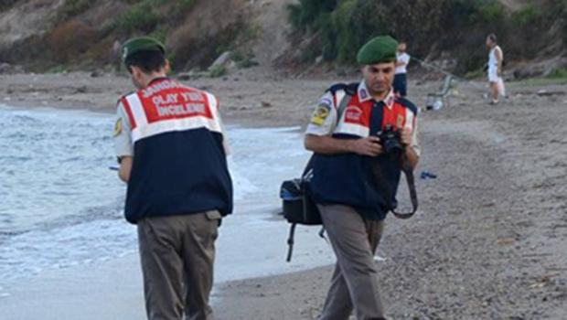 """Foto do corpo de criança síria mostra """"urgência de agir"""", diz primeiro-ministro"""