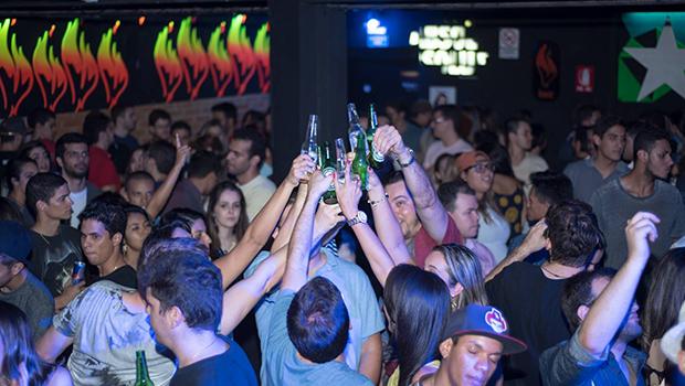 Reclamações de vizinhos motivaram interdição na Diablo Pub