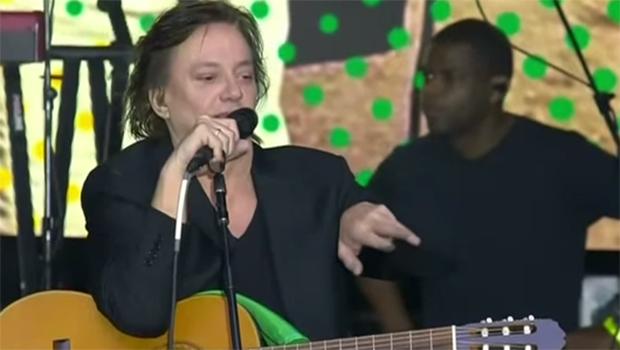 """""""Vocês sabem onde está o dedinho que o Lula perdeu, né? Sabem onde ele enfiou?"""", diz cantor Fábio Jr."""