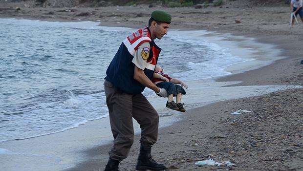 Foto de Aylan Kurdi que chocou o mundo: apesar de morto, o menino deu um rosto para os desesperados | AP