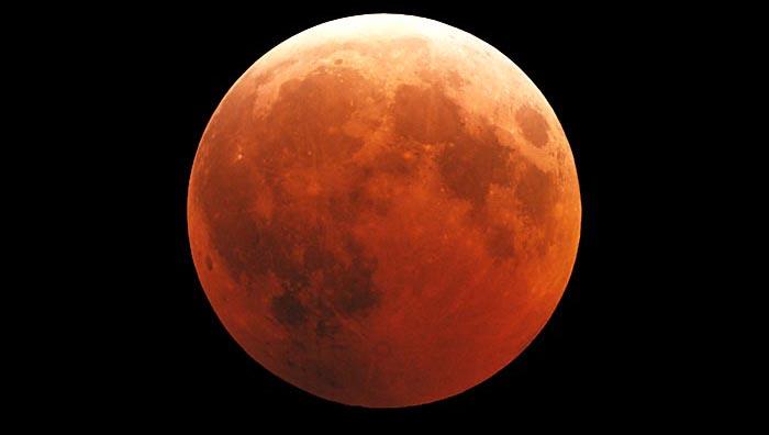 Eclipse lunar e superlua serão vistos ao mesmo tempo na noite deste domingo no Brasil