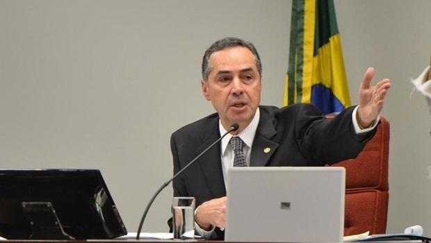Ministro Luís Roberto Barroso, ao apresentar seus argumentos, esqueceu-se de um dos sujeitos de direitos: o nascituro | Foto: José Cruz/ ABr