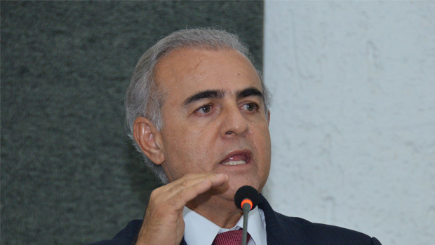 Deputados derrubam veto do governador e líder estima prejuízos de R$ 50 milhões