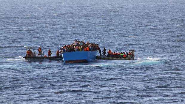 União Europeia (UE) em missão naval contra o tráfico de migrantes no Mediterrâneo | Foto: Winkler/ Bundeswehr