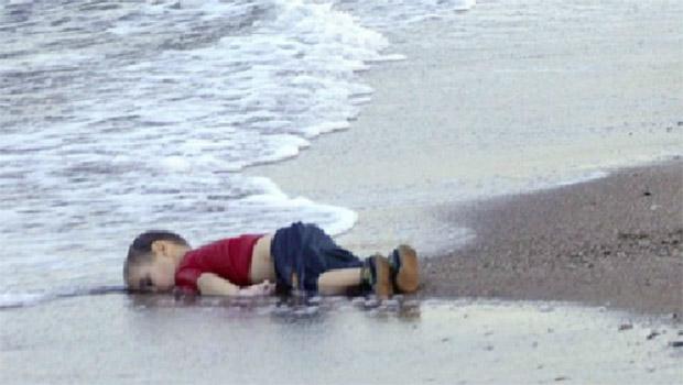 Dorme, menino sírio!