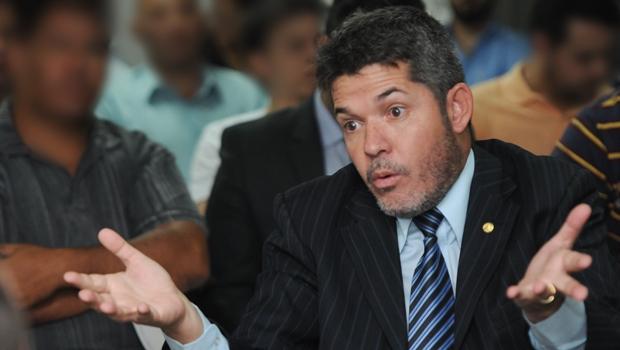 Delegado Waldir é o deputado que mais votou contra o governo em 2015