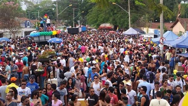 Goiânia recebe Parada Gay neste domingo