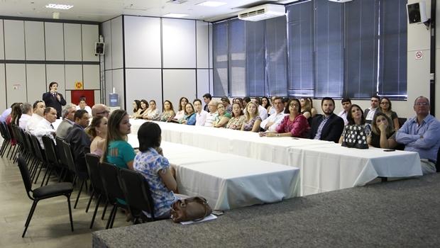 Buonaduce defende advogados dativos em palestra na procuradoria de Goiânia