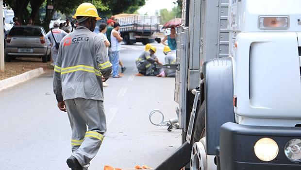 Servidor da Celg foi atropelado ao tentar fugir de explosão | Foto: André Saddi