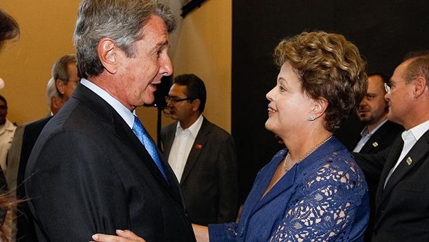 Ex-presidente Collor de Mello e presidente Dilma Rousseff: incompetência e corrupção são a marca deles