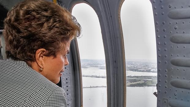 Em nova pesquisa, Dilma vê popularidade afundar de vez
