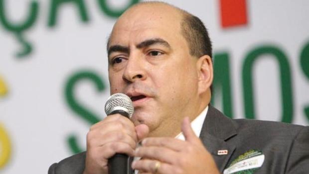 """Leon Deniz apoia proposta de abuso de autoridade: """"Ninguém está acima da lei"""""""