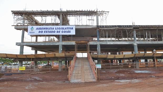 José Vitti quer dinheiro integral do duodécimo para concluir sede da Assembleia Legislativa