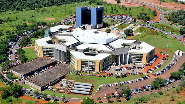 Confira a agenda dos candidatos à Prefeitura de Goiânia para sábado (24)