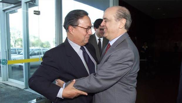 Pedro Malan e José Serra: apesar dos salamaleques públicos, os dois ministros centrais se comportavam  como verdadeiros adversários, até inimigos, nos bastidores do governo de Fernando Henrique Cardoso