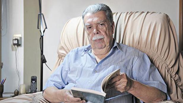 Com 15 prêmios literários, o mineiro de Carangola Anderson Braga Horta é, além de poeta, ensaísta e crítico literário, membro da Academia Brasiliense de Letras e da Academia de Letras do Brasil