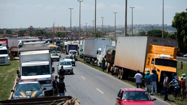 Protesto na BR-040   Foto: Marcelo Camargo/ Agência Brasil