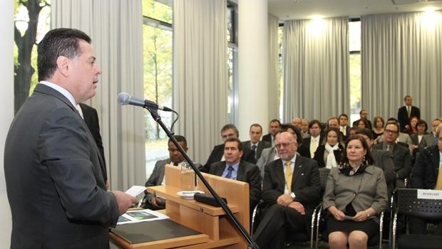 Governador na Alemanha, durante Seminário Promoção de Investimentos em Goiás | Seminário Promoção de Investimentos em Goiás