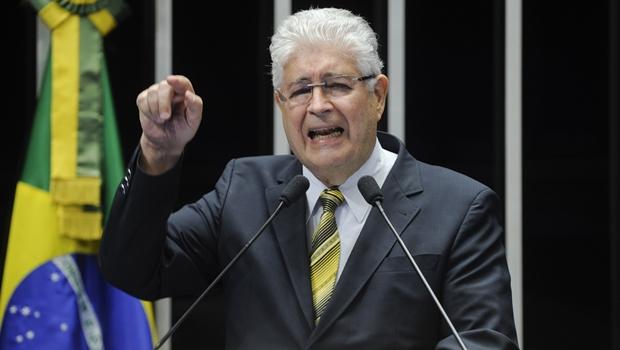 """""""Moro andou fumando erva estragada"""", diz Roberto Requião"""