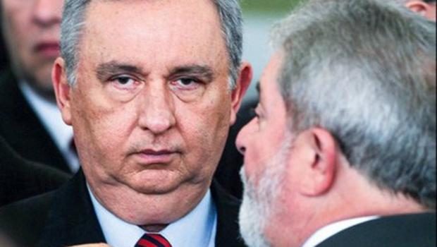 Carlos Bumlai, considerado amigo de Lula, é preso pela PF