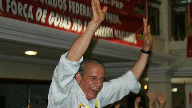 Aliado de Michel Temer diz que, do ponto de vista nacional, Iris Rezende é carta fora do baralho