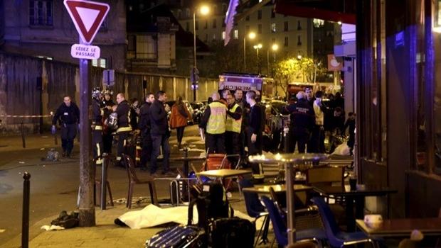 Terror nas ruas de Paris | Foto: reprodução / Twitter
