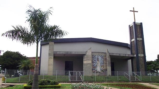 Igrejas católicas e de outros segmentos, como a Rosa Mística, podem ficar isentas | Foto: Reprodução