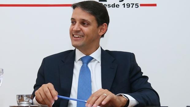 Thiago Peixoto durante entrevista ao Jornal Opção | Foto: Fernando Leite / Jornal Opção