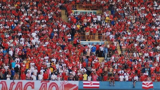 Vila Nova e Flamengo fazem amistoso na noite deste sábado (21)
