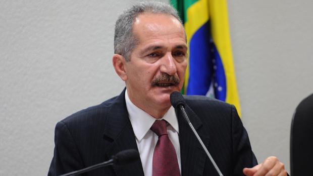 Aldo Rebelo propõe 2% do orçamento da União para o Ministério da Defesa