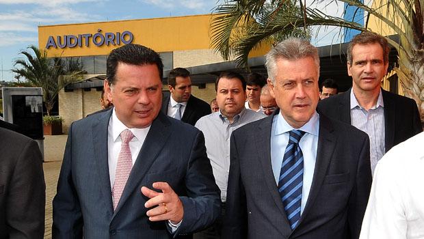"""Rodrigo Rollemberg """"importa"""" o modelo de saúde pública do governo de Goiás"""