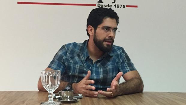 Lincoln Tejota não rompe com Ronaldo Caiado mas se considera um maior abandonado