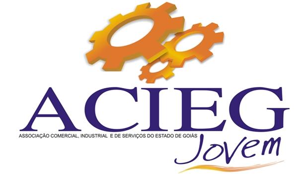 Acieg Jovem recebe empresários e políticos para confraternização