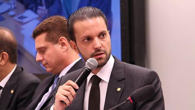 Deputado federal Alexandre Baldy, sub-relator da CPI do BNDES | Reprodução/Facebook