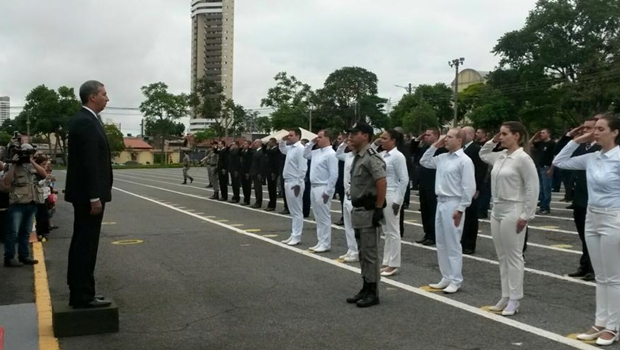 Excedentes do último concurso da PM tomam posse em Goiânia