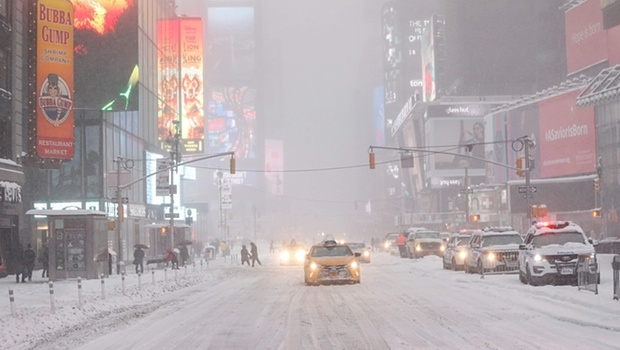 Nevasca pode ser a pior da história de Nova York | Foto: Kena Betancur/AFP/Getty Images
