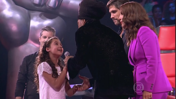 Conheça goiana de 10 anos que emocionou o Brasil no The Voice Kids