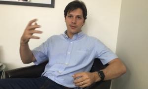 Deputado federal Daniel Vilela durante entrevista ao Jornal Opção | Foto: Alexandre Parrode/ Jornal Opção