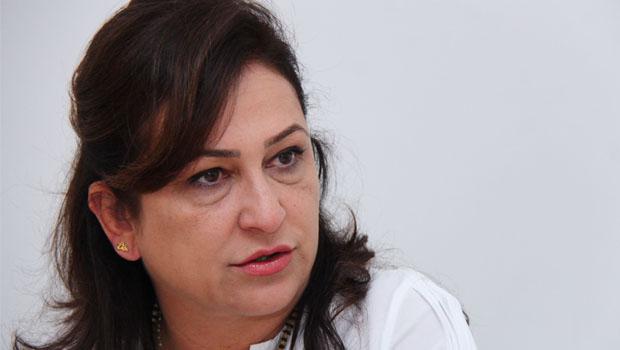 Diretório do PMDB pede expulsão da ministra Kátia Abreu do partido