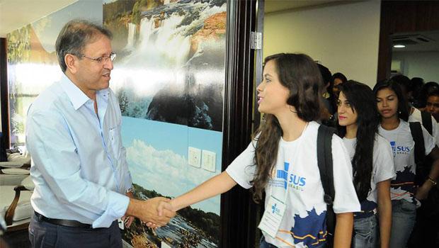 Governador recebe estudantes universitários do programa VER-SUS Brasil