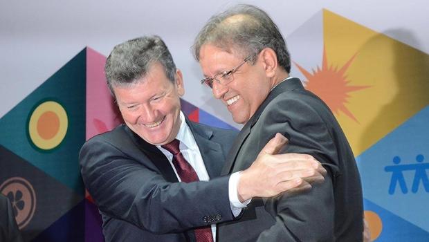 Marcelo Miranda empossa novos secretários e anuncia um novo tempo para Tocantins