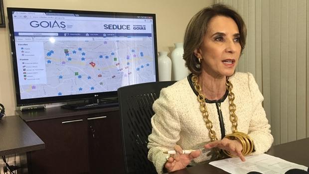 Secretária Raquel Teixeira explica que alunos poderão trocar escolas | Foto: Alexandre Parrode / Jornal Opção