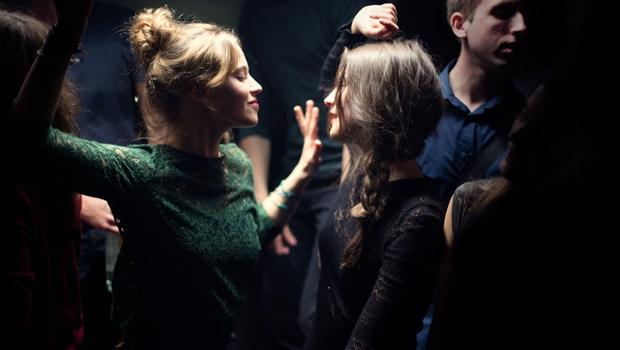 """""""Respire"""", de Mélanie Laurent, conta a hisória de duas garotas, que se tornam amigas e se vêem numa situação-ápice, sem retorno   Fotos: Divulgação"""
