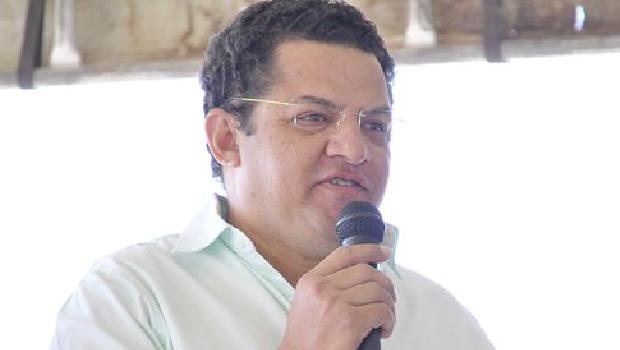PSDB pode bancar o médico Carlos Garcia para prefeito de Porangatu