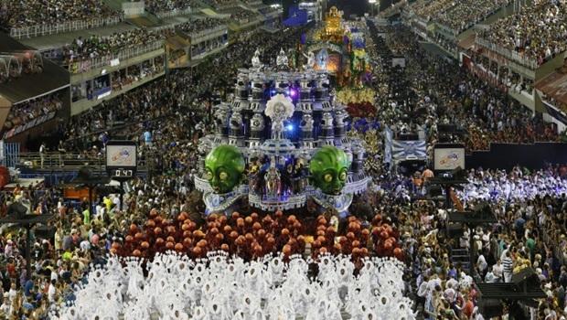 Rio de Janeiro, 08/02/2016 Desfile na | at Sapucaí – Grupo Especial Foto | Photo: Marco Antônio Cavalcanti | Riotur --------------------------------------------------