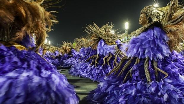Rio de Janeiro - RJ, Brasil - 07/02/2016 - Unidos da Tijuca desfila na Sapucaí na primeira noite de desfiles do RJ. Foto: Tata Barreto   Riotur