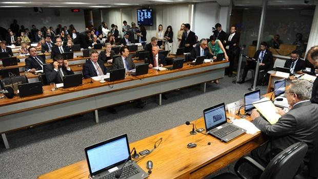 CCJ aprova PEC 47, que aumenta atribuições do legislativo estadual
